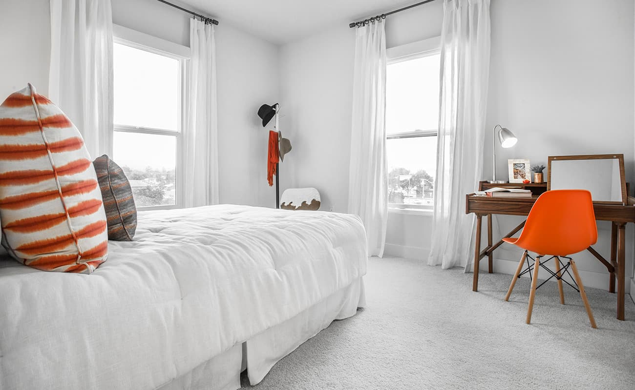 The Colony at The Lakes-Master Bedroom