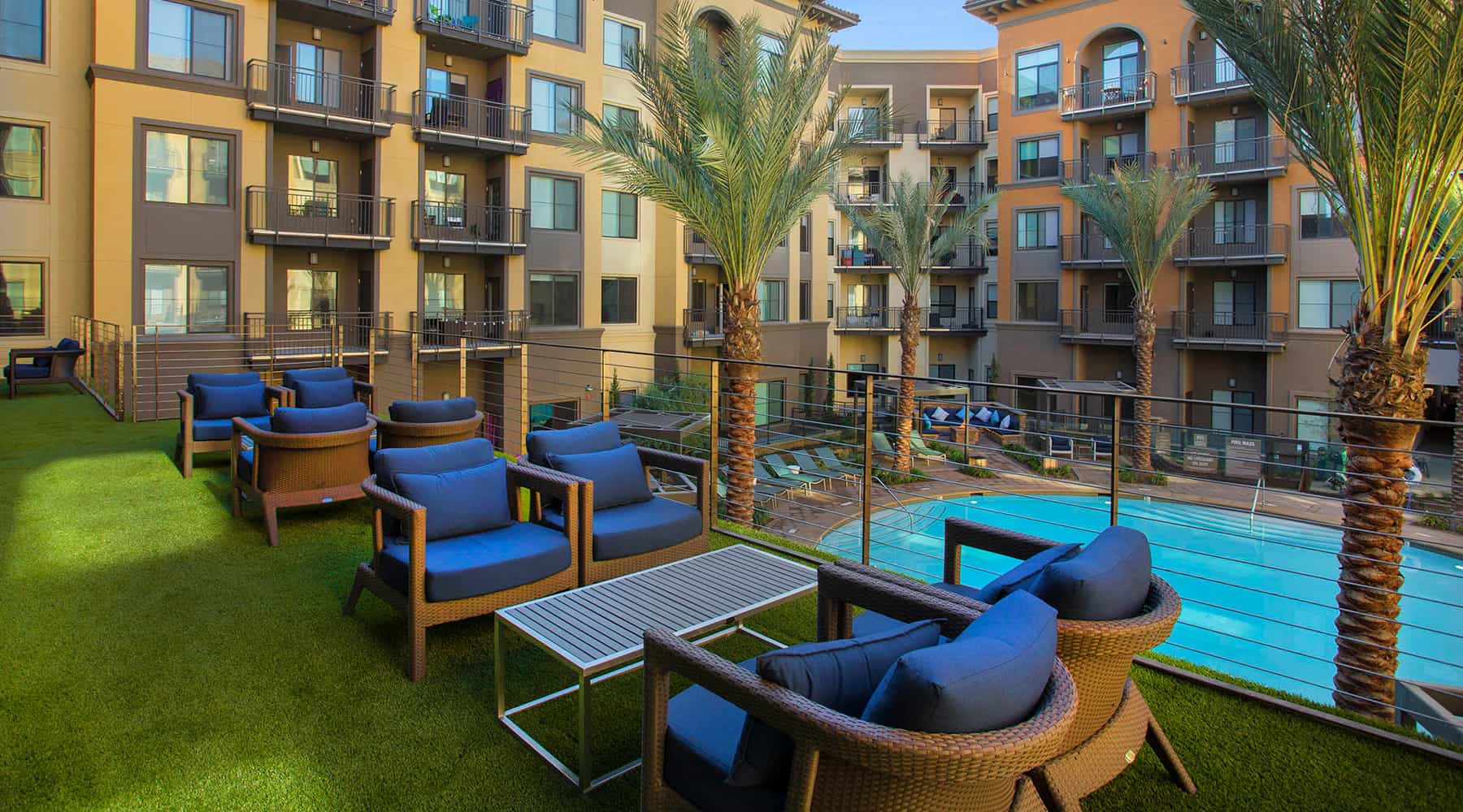 The Colony at The Lakes - Outdoor Terrace
